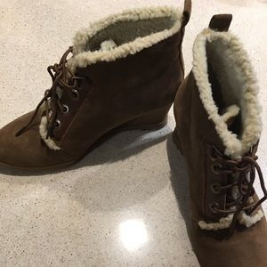 Ellen Tracy Suede Brown Ankle Boots